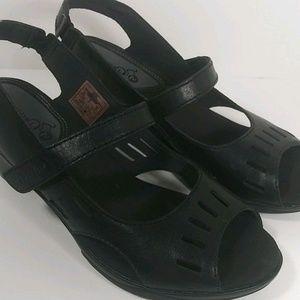 9032f1c8ba0701 Merrell Evera Black Cycling Leather Heels Pumps